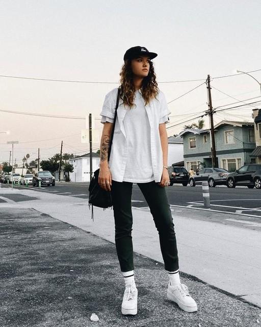 haleyraeshoning - Imogen Boy T-Shirt