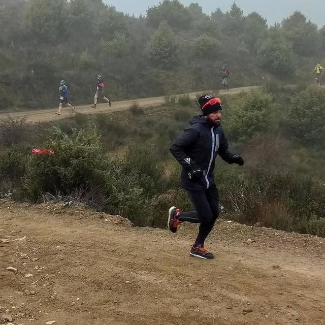 Semana de agujetas, pero no por eso, con menos ganas de montaña 😅😅 adidasrunners  adidas_es  #correr #corredores #entreno #corrermola #run #runner #running #runners  #runfamily #marathon #runchat #runtoinspire  #happyrunner #workout #training #instarun #maraton #picoftheday #triatlon #triathlon #family #consciencia #deporteconsciente #AdidasRunners #AdidasRunnersMadrid #bike #bici #entrenamiento #trainning #aputotope