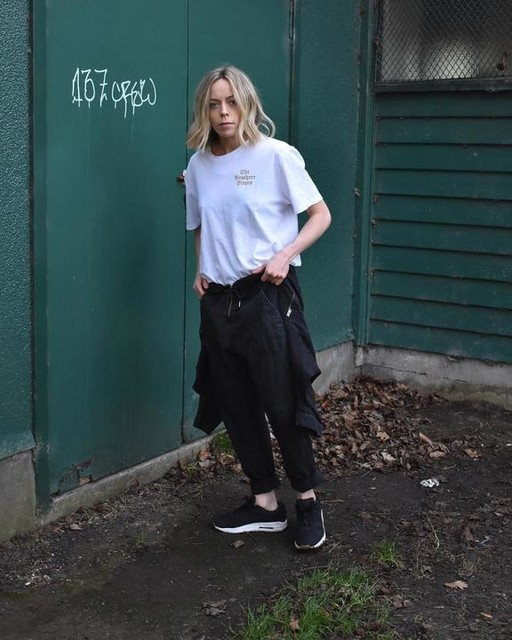 teganwhybrow - Limbo Crew T-Shirt