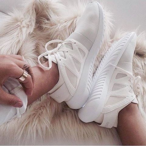 Adidas Tubular Viral All White