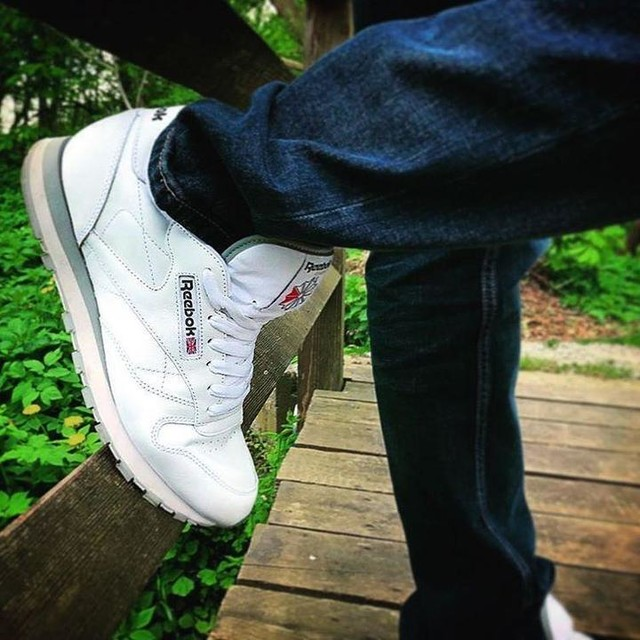 #new #reebok #old #but #white #best #instagood #sunday #like4like #follow4follow #picoftheday #throwback #tagsforlikes #ootd