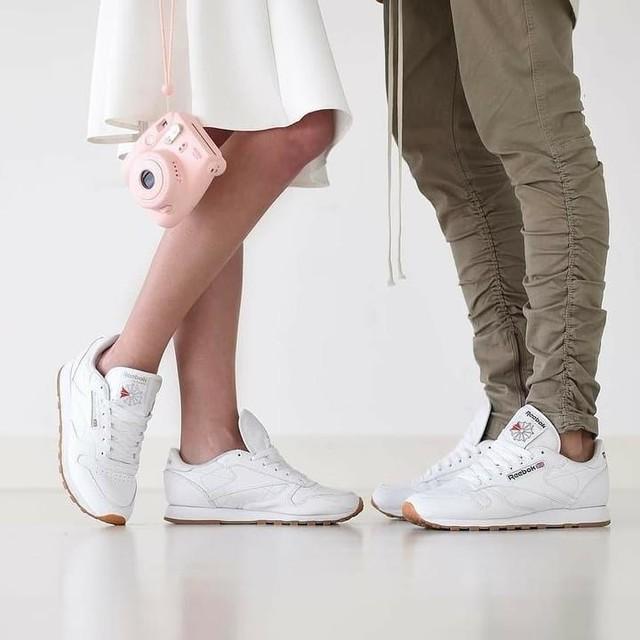 I'm easy to please....some #reebokclassics and I'm a happy man #relationshipgoals #reebokclassic #reebok #montanacans