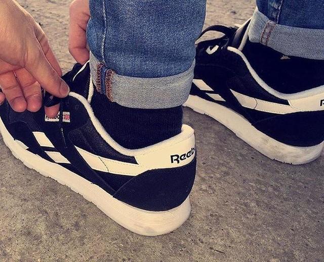 reebok classic black white