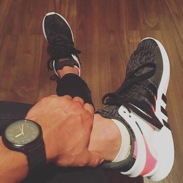 本日は、adidas EQT様でございます。こちらも、お気に入りの一つ👟💕 #adidas#eqt#足元倶楽部#スニーカー好きな人と繋がりたい#オシャレ好きな人と繋がりたい#チープカシオ