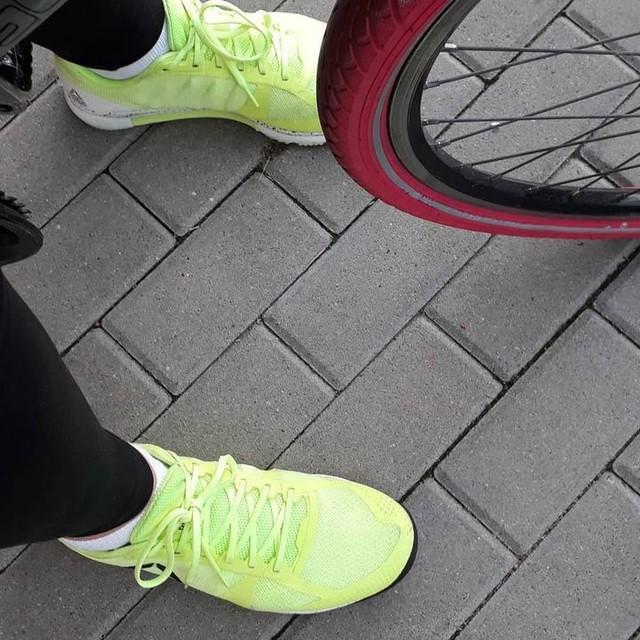 #reebok #crossfit #bike #love#newshoes #trainingshoes #roweremdopracy #roweremnatrening #roweremwszedzie na treningu #nasiłowni #calypso / #GYMBOX przynajmniej mi nie uciekną jak w #OKR - najwyżej skończę później niż reszta lub zrobię mniej powtórzeń w danym czasie ;)
