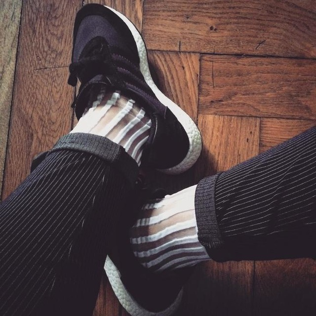 S T R I P Y  F R I D A Y #womft #shoelove #shoelover #todayskicks #stripy #adidas #iniki #adidasiniki #thebrandwiththethreestripes #socks #pinstripe #chicksinkicks #womftig #sneakerepoch