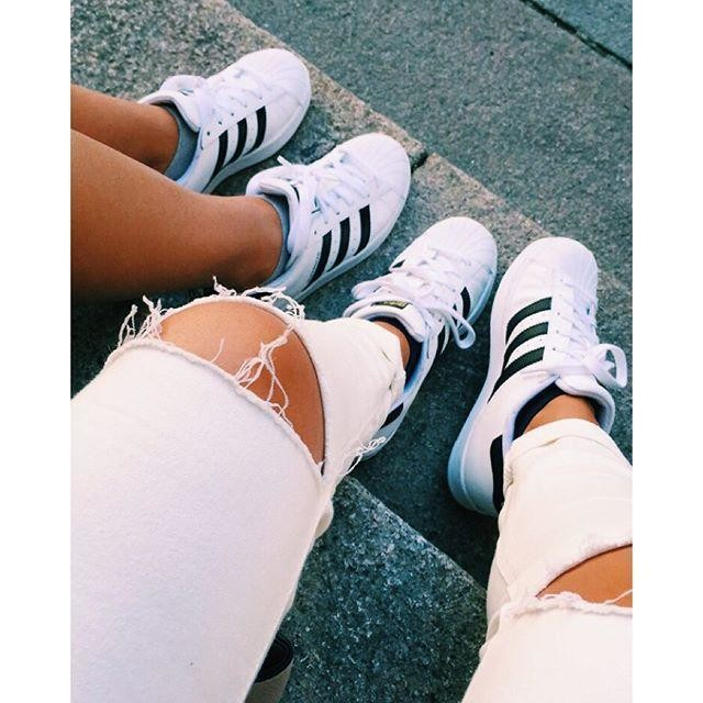 🎀👭💗 my love #twins #loveyou #missyou #mygirl #fashion #style #shopping #beauty #adidas #adidasoriginals #superstar #adidassuperstar #blackandwhite #shoes #ripoedjeans #photography #tumblr #bbg #milan #america #details #friendship #goodtime #memories #girly #healthy #outfit #vibes