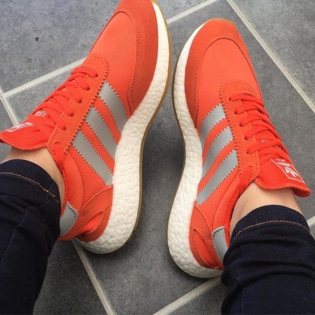 New shoes 😜 #adidas #iniki ##iloveorange