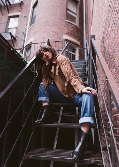 Samantha Romero  - Jean Boyfriend Alana