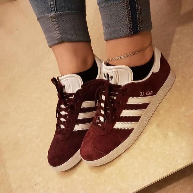 Merci mon amour 😻💖 #adidas #gazelle #bordeau #shoes #shoesaddict #loveshoes #chaussures #baskets #love #couple #monamour #automne #autumn #otoño