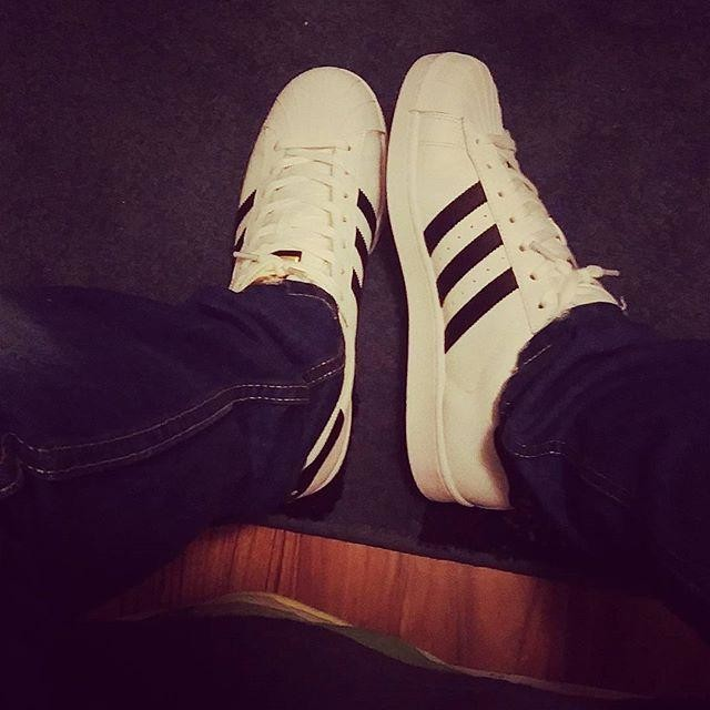 #adidas#oldschool#holligans#superstar#newbabys#adidasshoes 👊👆💪👟✨