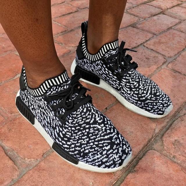 'Sashiko' . . . . . . #adidas #boost #nmd #SneakerOfTheDay #KOTD #wdywt #kicks #sneakers #SneakerNews #Sneakerhead #KicksOnFire #kickstagram #kicks0l0gy #PhotoOfTheDay #ComplexKicks #instakicks #sneakerfam #TrustedKicks #IGSneakerCommunity #SoleToday #UndftdSoles #TodaysKicks #Fashion #KicksOfTheDay #TeamTMCII #ViewsFromThe6ix #SoleNation #SoleToday