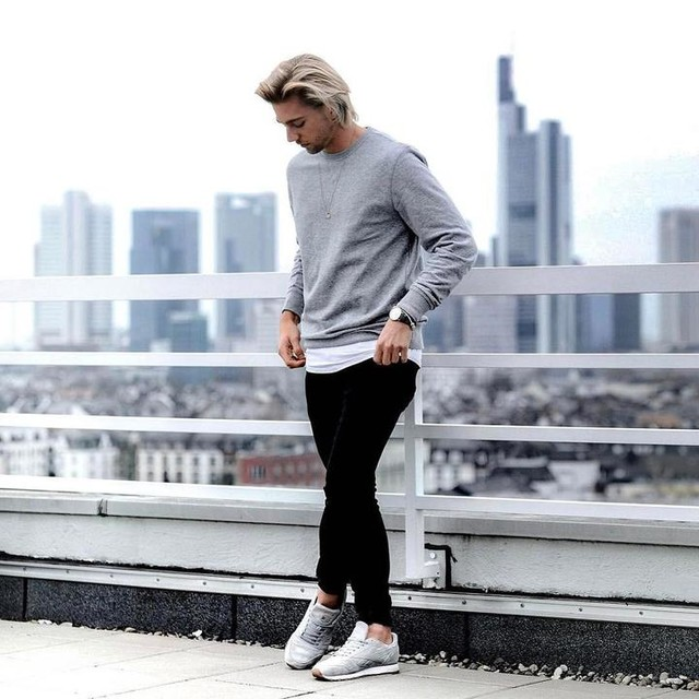 #weekend 🙆🏼♂️ have a nice day ☺️ such a great #event yesterday thank you guys from @headspace_pr ___________________________________________________ #blonde #german #guy #basics #streetwear #ootdmen #streetstyle #menswear #menstyle #mensfashion #fashionblogger_de #levis511 #reebokclassic