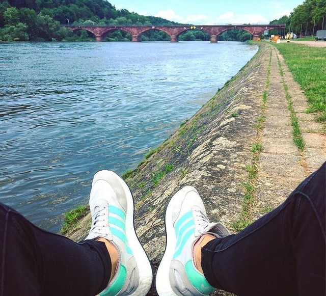 Sunday Main-chillout with @franny.92 #sunday #sunshine #weekend #chillout #main #marktheidenfeld #sister #travel #wanderlust #nature #naturelove #seetheworld #lovemyshoes #adidas #adidasiniki #sport #3stripesstyle #sportismylife #active #lifestyle #summer