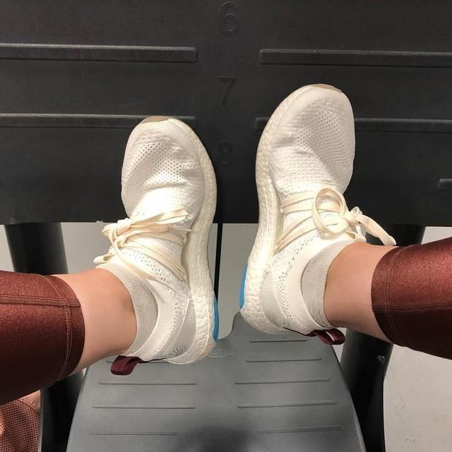 Amor total por todas las adidas de Stella Mccartney!! adidas_es adidaswomen #3stripesstyle #adidas #adidaswomen #adidaslover #sneakersaddict #sneakers #gym #gymlook #gymoutfit #gymlife #gymlove #gymtime #sport #deporte #reus #training #fit #fitness #fitgirl #fitnessgirl #fitnessmotivation #fitnesslifestyle #healthylifestyle #fitlife #fitnesslife