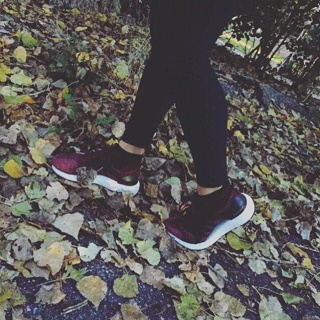 cold season is around the corner. whatever. wherever. whenever.  Go out and run 🏃🏽♀ feel the spirit. @adidas_de  #ultraboostx #allterrain #wheather #whatever #wherever #whenever #gooutandrun #feel #spirit #leaves #woods #stuttgart