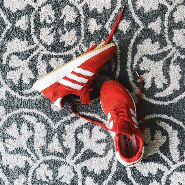 Got these adidasoriginals INIKI sneakers. Retro style with a modern day twist, adding the boost midsoles. People be skipping leg day to run their mouth, I be skipping leg day to run the world.  #red #3stripes #comfort #lifestyle #retro #sneakers #lacemeup #colour #adidasoriginals