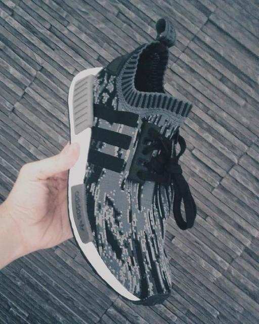 3ストライプのブランド #lpu #adidas #nmd#3stripesstyle  #thebrandwiththe3stripes #boost #japanese #r1 #butologia #cmdnn #jkdn