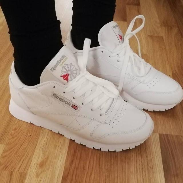 Råkade köpa nya skor 😍 #reebok #reebokclassic