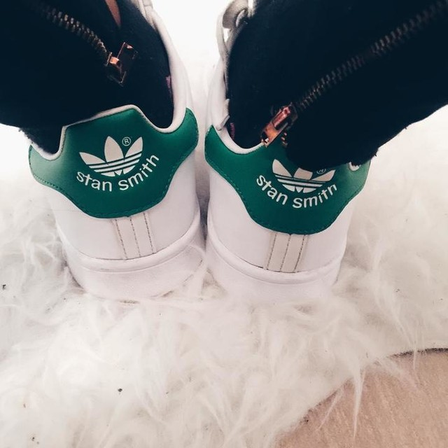 ✖️ #work #goodmorning #summer #pligsummer #stansmith #oodt #brussels #outfit