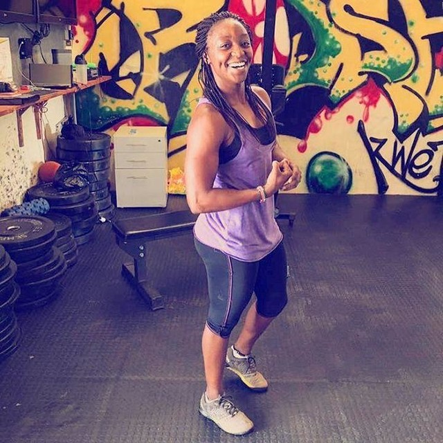 And the smile is back 😊my ability  is what I am capable of doing. Motivation determines what i do. Attitude determines how well I do it. Boom 💥  Wod  Warm up 2k Row METCON KAREN(150 wall balls) STRENGTH Deadlift 4x4 (105kgs) GYMNASTICS  Every 4mins for 12Minutes 20 cal Row 30 push ups #coachwinnie #hardworker #youonlyhaveonelifetolive #reebok #gymnastics #motivation✅💯 #giving💯💯💯 #olympicweightlifter🏋🏿 #proud #smileyface #wod#shoulders#fittestwomaninkenya2017🇰🇪 #fiercewoman❤️ #nevergivingup