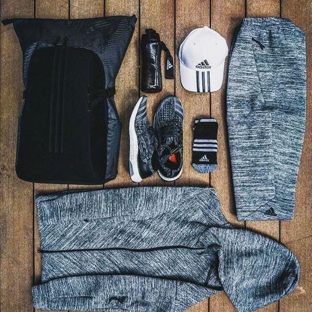 Travel Essentials #adidasMY #FINDFOCUS #OnTheMove #ZNE