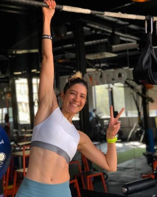 Happy 2nd birthday @akrobymustafa Thank You for changing my life ❤️🌺 Love and best wishes for many many years ahead!! 🌸💐 @mustafa_max84 @iamazzkikr @tejaslalwani @pingealankar @alkesh_sharotri ❤️ #athlete #trackandfield #sprinter #strongertogether #strongwomen #womenwholift #womenempowerment #instafit #lifting #power #powerlifting #mumbai #fitgirl #indian #india #healthylifestyle #squats #instafit #fitness #fitnessjourney #fitnessmotivation #strongnotskinny #strength #strengthtraining #functionaltraining #adidas #adidaswomen #adidasrunning #everydayinspiration #goals