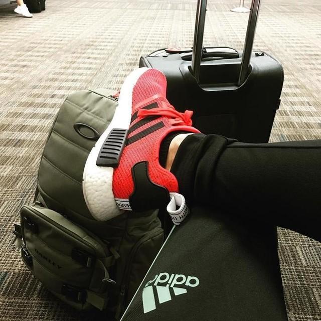 Se acabaron las vacaciones! #backtoreality #miamivacation #willbemissed #oakley #adidas #nmdr1 #puertorico