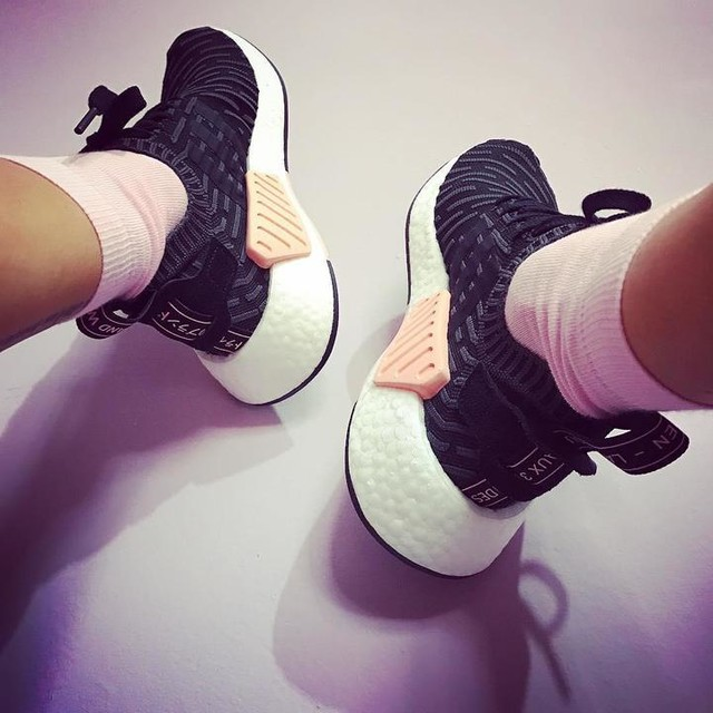 Welcome in the family 😍💥🤘🏻 #nmdr2 #3stripesstyle  #pink #adidasoriginals