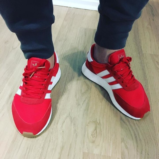What's cooler than classic #iniki? #inikiboost 😍 #adidas #slheat