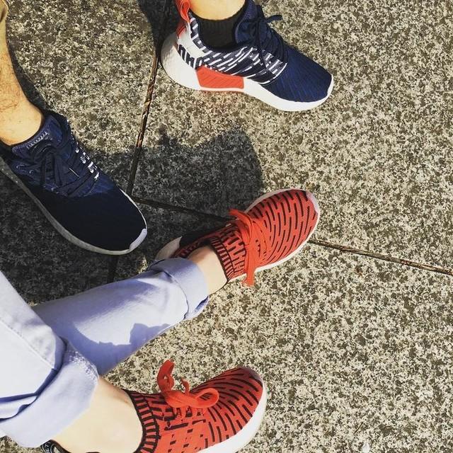 穿新鞋來踏滿地的櫻花,然後一直互踩😆 #nmd #adidas #千鳥ケ淵