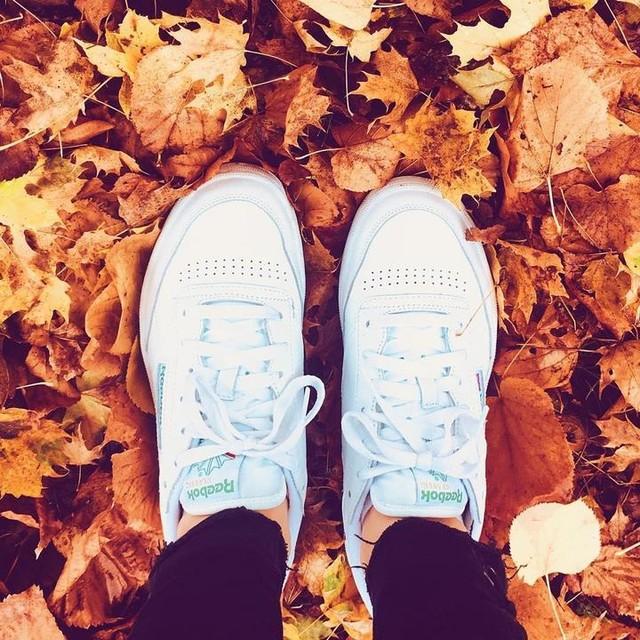 REEBOK. 🍁🖤 #reebok #reebokclassic #backtobasics #shoes #basket #autumn #shoesoftheday #lookoftheday #ootd